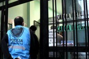 Villa Lugano:Golpe a la quiniela clandestina locales clausurados