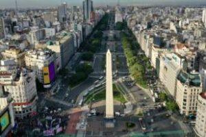 La Ciudad renueva el Obelisco por sus 85 años