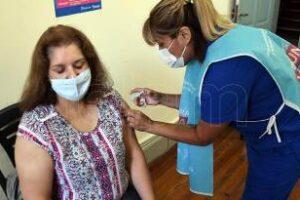 Ciudad:Docentes 100 % vacunados y cada vez más testeos preventivos