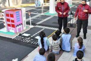Ciudad:Educación Vial de la Policía para niños y adolescentes