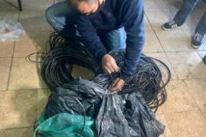 Depósitos clausurados,secuestraron cable de cobre y fibra óptica
