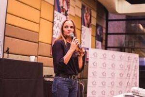 Ciudad:Entrevista a la directora del Centro de Estudios Sociales
